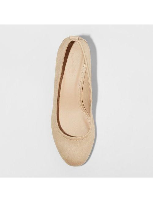 Women's Lenora Microsuede Closed Toe Heeled Pumps - Universal Thread™