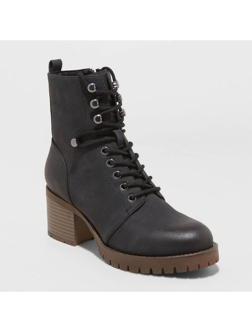 Women's Kayce Faux Leather Heeled Lace Up Bootie - Universal Thread