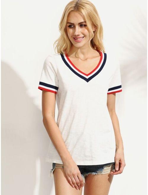 Striped Trim V-cut T-shirt