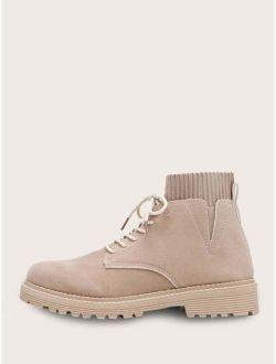Men V Cut Lace-up Front Ankle Boots