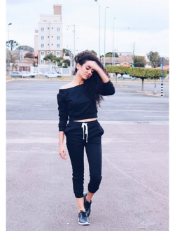 Women's Two Piece Crop Top And Sweatpant Set Sport Tracksuit Outfit