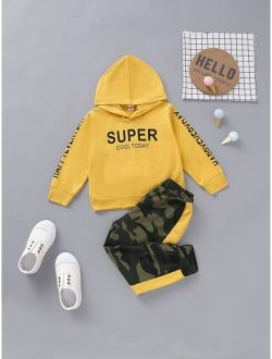 Toddler Girls Letter Graphic Hoodie & Camo Pants