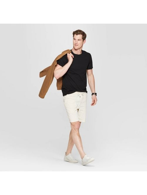 Men's Standard Fit Short Sleeve Lyndale Crew Neck T-Shirt - Goodfellow & Co™