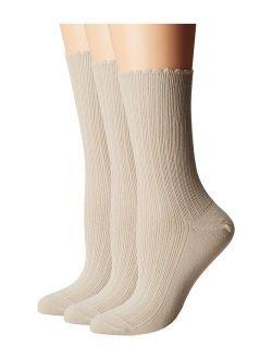 HUE Women's Scalloped Pointelle Sock