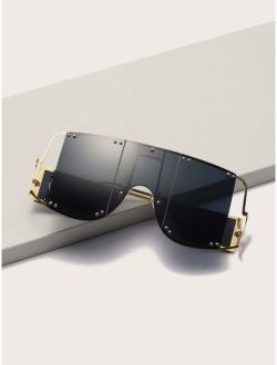 Flat Top Shield Studded Decor Sunglasses With Case