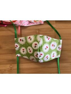*Cherry*Kids*Girls*Toddler* Handmade Fabric Face Mask Cotton w Filter Pocket