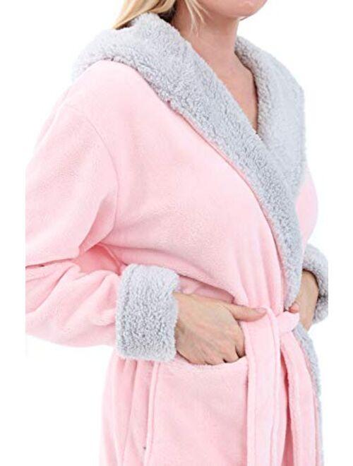 Alexander Del Rossa Women's Warm Fleece Robe with Hood, Long Plush Sherpa Bathrobe