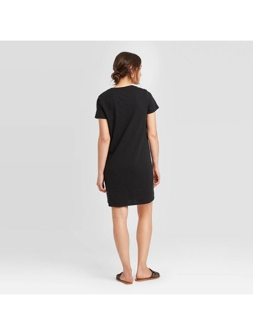 Women's Short Sleeve T-Shirt Dress - Universal Thread