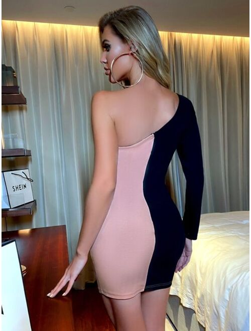 Cut And Sew One Shoulder Bodycon Dress