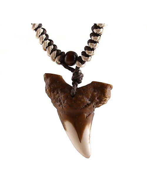 HZMAN Hawaiian Shark Teeth Resin Pendant - Adjustable Cord Surfer Necklace - Cool Surfer Hawaiian Beach Style Jewelry