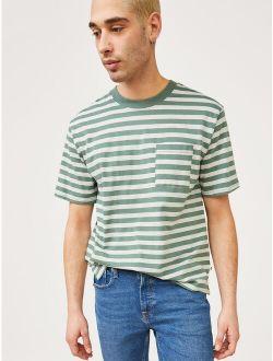 Men's Oversized Pocket T-shirt