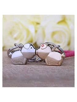Yutwone Couple Keychains 3D kiss Pig Couple Keychain for Lovers Gift Trinket Lovely Key Holder Women Present car Keyring (Color : Chrome Pink)