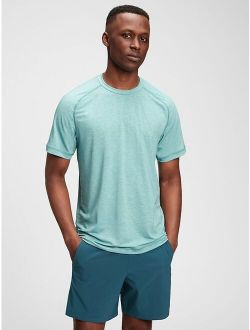 Fit Raglan Sleeve Relaxed Fit Active T-shirt