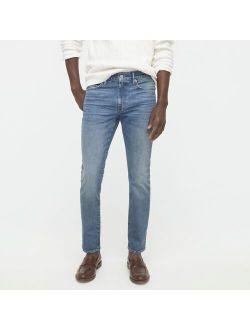 250 Skinny-fit stretch jean in three-year wash