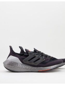 Training Ultraboost 21 sneakers in red and gray
