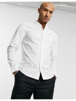 Tommy Jeans slim fit oxford shirt in white