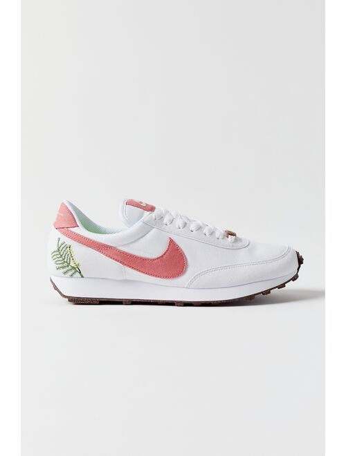 Nike Daybreak SE Sneaker