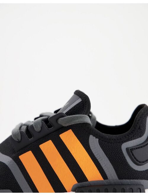 Adidas Originals Originals NMD_R1 sneakers in black