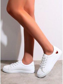 Heart Pattern Skate Shoes