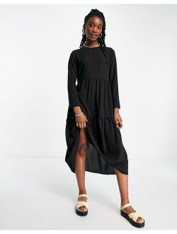 long sleeve tiered smock midi dress in black