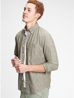 Chambray Shirt in Untucked Fit