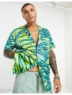 relaxed revere satin shirt in green flouro animal skin