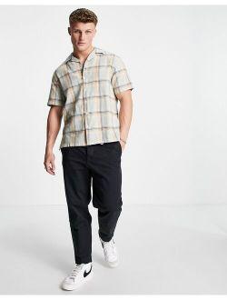 short sleeve plaid shirt in green