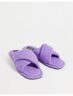 Senso Inka IV fluffy flat sandals with crossover strap in lavender